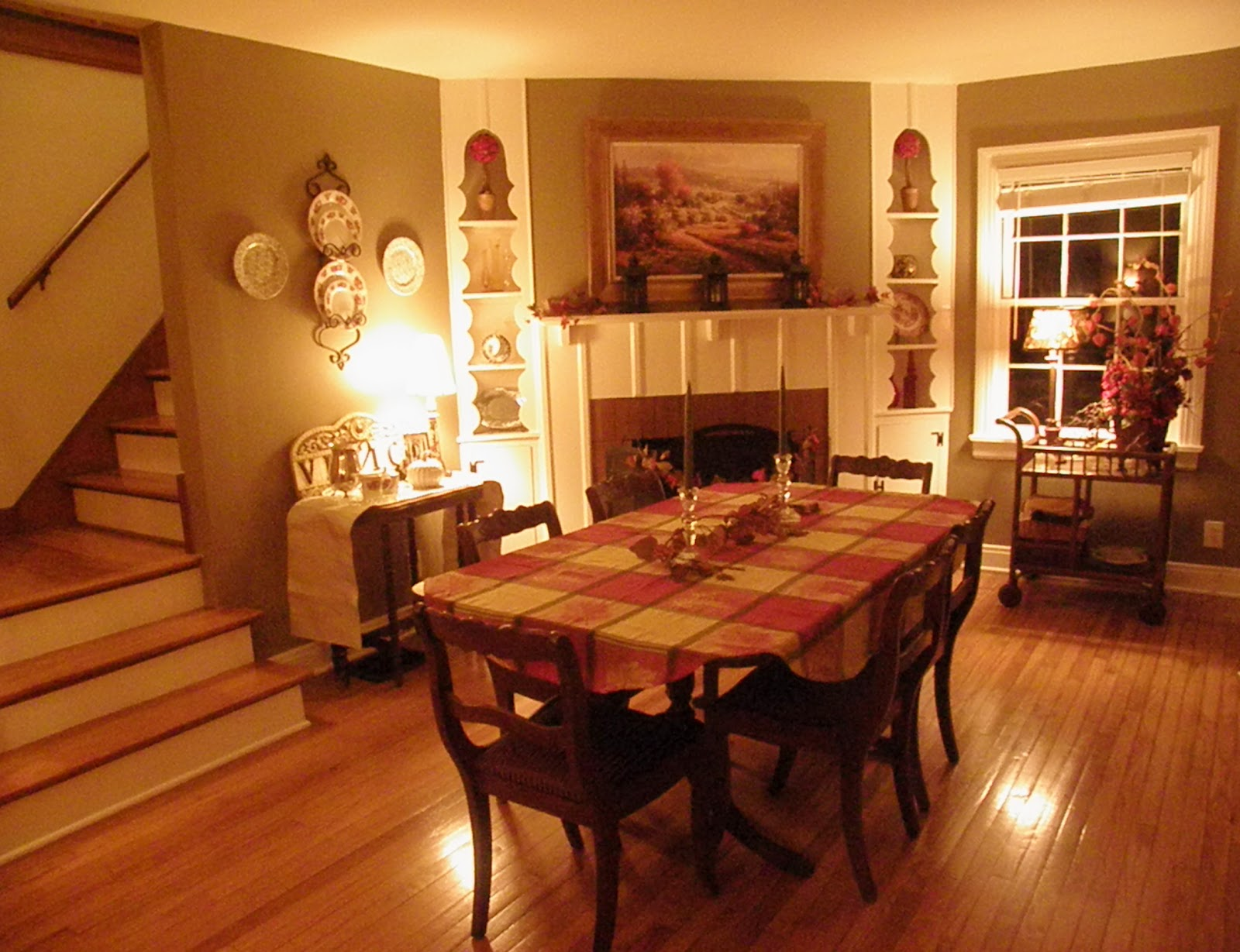 Cozy Dining Space: The Cozy Little Kitchen: An Autumn Dining Room & Mr. Cozy