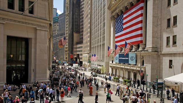 Wall Street Ditutup Flat, Menjelang Pemilu di AS