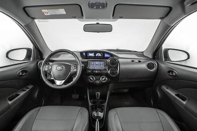 Toyota Etios 2017 - interior