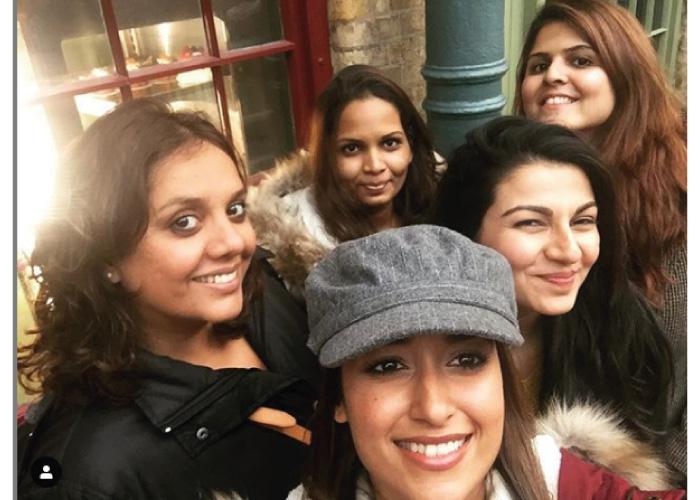 Ileana-D'Cruz-with-friends