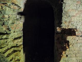 Тараканівський (Дубенський) форт. Вхід в коридорний лабіринт