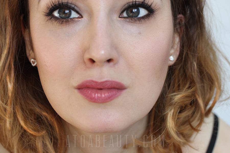 Avon • Idealny Pocałunek • Mauve Allure + makijaż