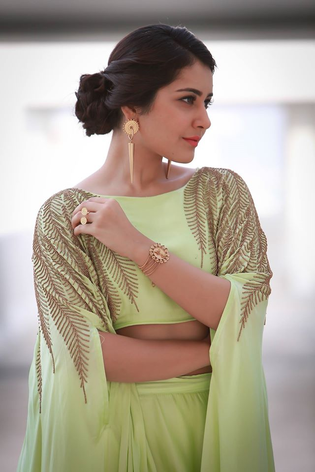 Hot Photoshoot Of Rashi Khanna In Green Dress