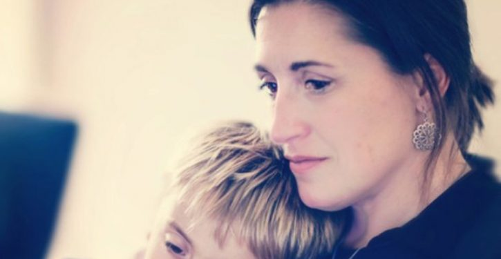 7 Things That Your Son Will Do To Show That You Have Achieved His Education As A Single Mother