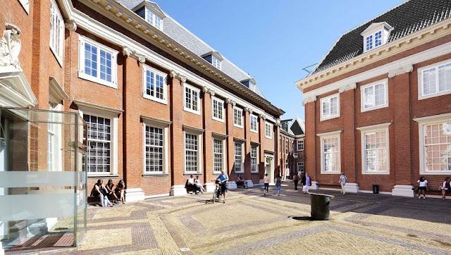 Sobre o Museu Histórico de Amsterdã