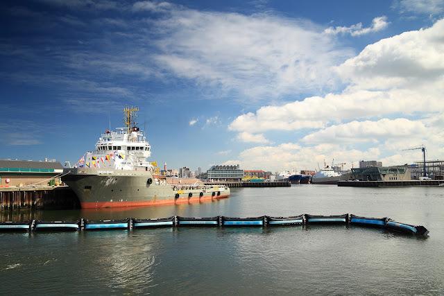 Sản phẩm trình bày dài 100 mét được thử nghiệm ở vùng Biển Bắc trong nỗ lực thu gom và loại bỏ rác thải nhựa gây ô nhiễm các đại dương trên thế giới. Credit: The Ocean Cleanup.