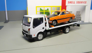 tomica limited vintage flatbed tow truck