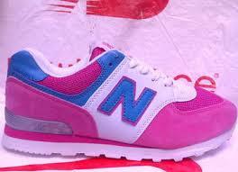 Sepatu New Balance Wanita Modern