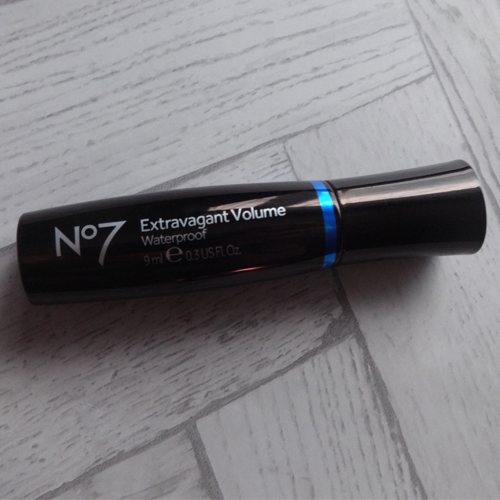 56b9d445ab1 For an expensive-ish mascara, it's not in my top three, but has made it's  way into my top 10. Keeping in mind this isn't quite the full size, ...