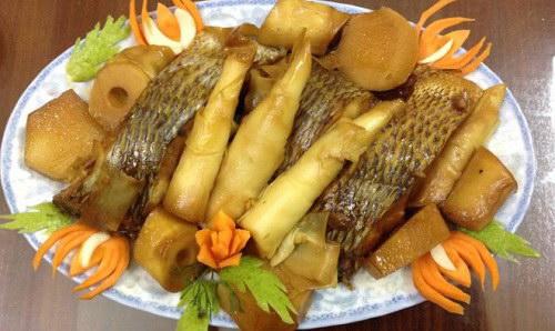 Cá rô phi kho măng