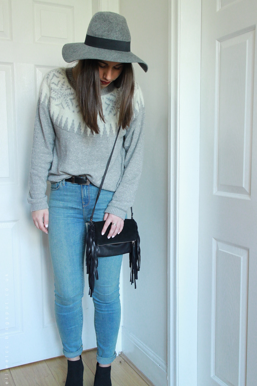 Christmas, christmas jumper, collaboration, fairisle, fashion, fat face, jeans, New Look, sponsored, style, ASOS, fringe bag, fedora hat, lipstick,