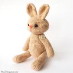 http://www.howtoamigurumi.com/easy-amigurumi-bunny-free-pattern/