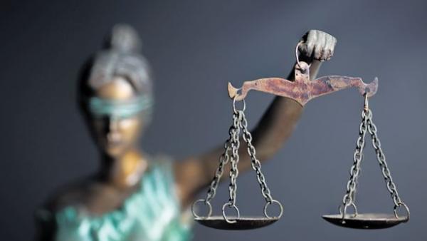 Η ατιμωρησία διαλύει κάθε κράτος δικαίου