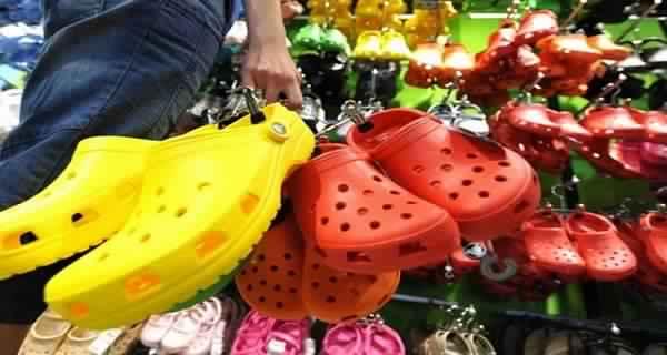 Si vous avez ces sandales, jetez-les immédiatement et voilà pourquoi
