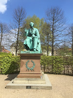 Hans Christian - Jardim dos Reis, em Copenhagen