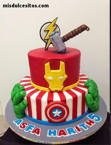 Tortas Avengers. Venta de tortas artísticas decoradas con masa elástica en todo Lima