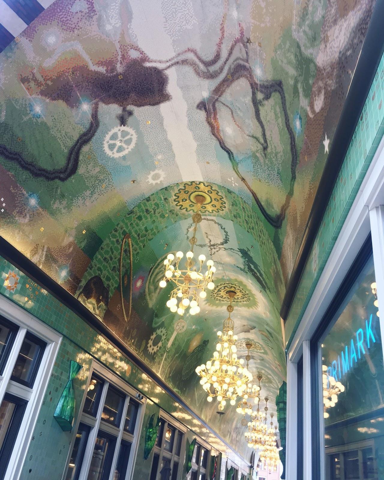 ceiling architecture
