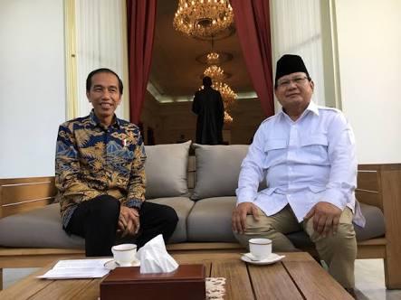 Lieus Sungkharisma: Jangan Dorong-Dorong Prabowo Jadi Cawapres Jokowi