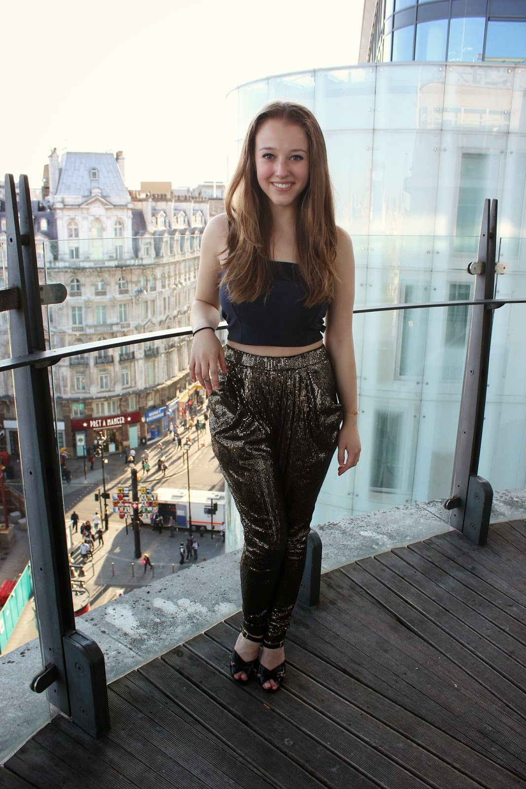 bloggers-love-fashion-week-OOTD-outfit-clothes-sparkly-trousers-crop-top-heels-sequins