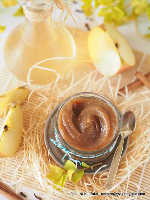 mus jablkowy, przetwory z jablek, jablka smazone przecierane, domowe przetwory, jabluszka, jablko grojeckie