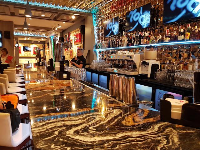 Valencia Hard Rock Cafe