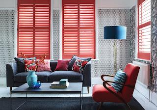 дизайн гостиной красный