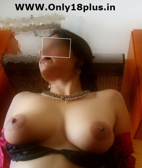 got aunt brown nipples,desi aunt ke gore boobs,hot sexy married bhabhi