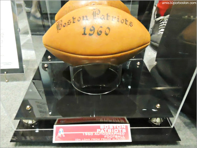 Balón de los Boston Patriots de 1960