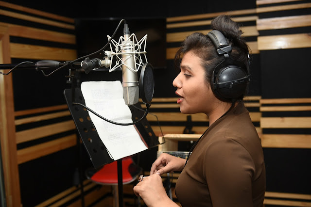 9. Ritu Pathak (Singer) during song recording CRAZY BALAM