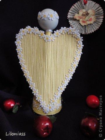 как сделать ангела на Рождество своими руками, мастер-класс с фото, ангелы красиво, ангелы, ангелы своими руками, ангелы мастер-класс, фигурки, крылья, рукоделие рождественское, рукоделие праздничное, рукоделие новогоднее, рукоделие пасхальное, рукоделие на День влюбленных, рукоделие на День ангела, подарки, сувениры, игрушки елочные, мастер-класс, из одноразовой посуды, из веревки, из шнура, на конусе, ангед на конусе,