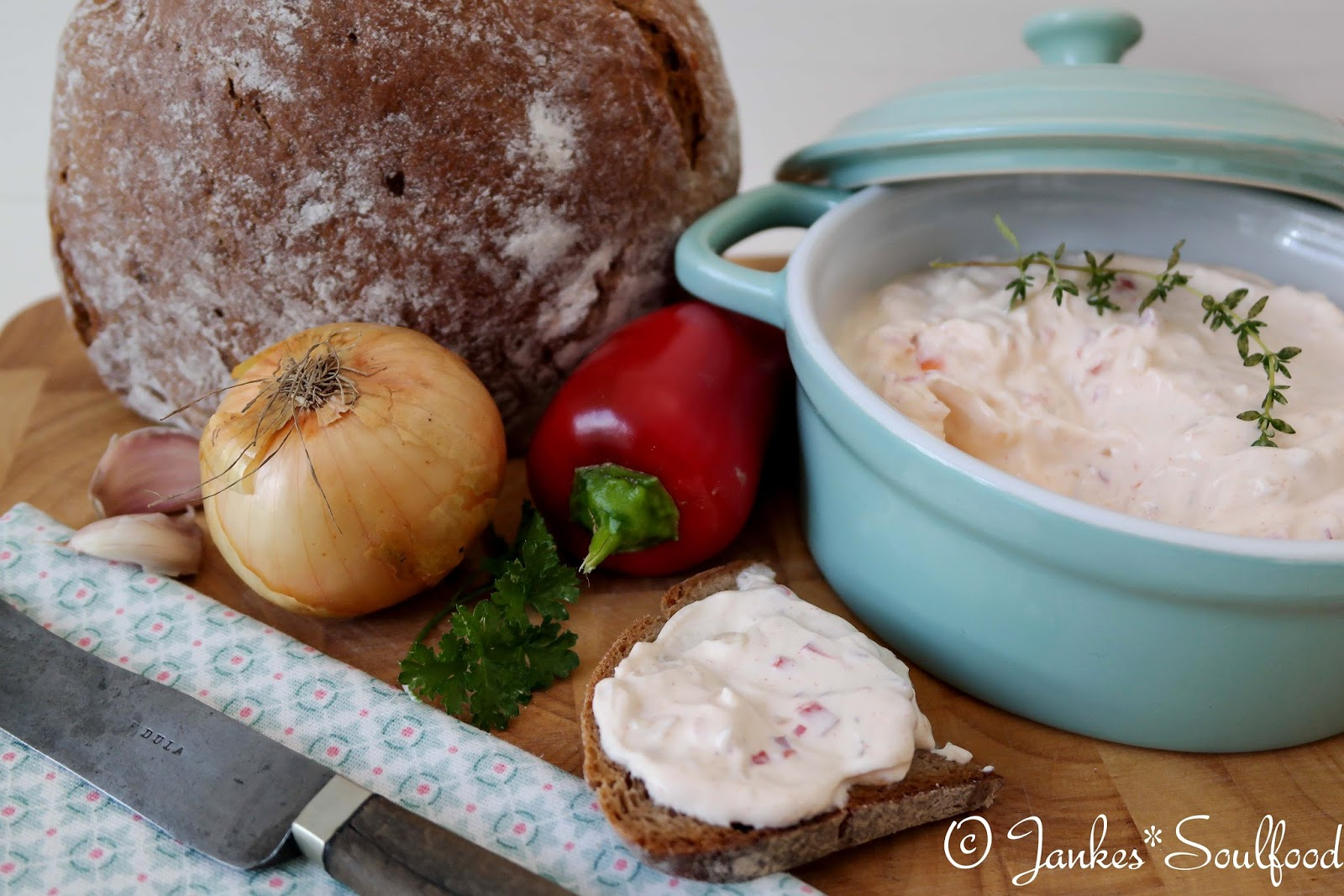 Spundekäs - vegetarischer Brotaufstrich