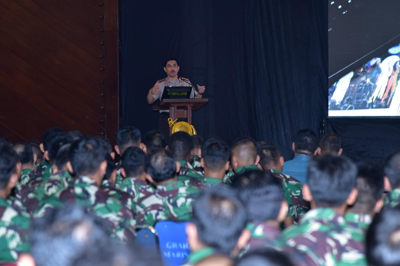 Kepala Badan Penanggulangan Terorisme Republik Indonesia, Komisaris Jenderal Polisi Drs. Suhardi Alius MH