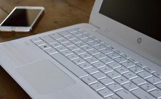 ordinateur portable HP blanc