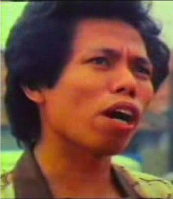Biografi Dono Warkop DKI - Pelawak Indonesia  Bernama lengkap Drs. H. Wahyu Sardono atau di kenal sebagai Dono Warkop, ia dilahirkan di Solo, Jawa  Tengah, 30 September 1951, Ia merupakan anak keempat dari tujuh orang bersaudara. Ia dikenal sebagai Pelawak dari grup komedi Warkop DKI bersama Kasino dan Indro. Semasa kecil Dono warkop menenyam pendidikan di SD Negeri 1 kebon dalem kemudian setelah lulus SD ia masuk di SMP negeri 1 Kebon Dalem, 3  tahun pendidikannya di SMP kebon Dalem ia kemudian melanjutkan pendidikannya di SMA negeri 3 Surakarta  dengan mengambil jurusan Ilmu Sosial (IPS), di SMA ia juga aktif dalam organisasi sekolah, terbukti bahwa ia berhasil menjadi ketua OSS di sekolahnya tersebut. Selepas luluas SMA dar SMA negeri 3  Surakarta, Dono wakop pun berangkat ke Jakarta untuk melanjutkan pendidikannya di Perguruan Tinggi di Jakarta, Ia mengambil Jurusan Ilmu Sosiologi di Fakultas Ilmu Sosial dan Ilmu Politik Universitas  Indonesia, Dono warkop juga aktif dalam organisasi kemahasiswaan seperti Mapala UI.  Setelah lulus dari kampusnya ia juga dipercaya sebagai Asisten Dosen jurusan Sosiologi Fakultas Ilmu Sosial dan Ilmu Politik Universitas Indonesia, di Universitas yang sama Dono juga menjadi Dosen Sosiologi Fakultas Ilmu Sosial