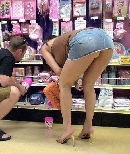 Hot Upskirts Mall - Girls at the mall upskirt - Pics and galleries