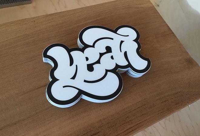 Pengertian Ambirgam, Inspirasi Desain Logo Ambigram - YEAH Ambigram