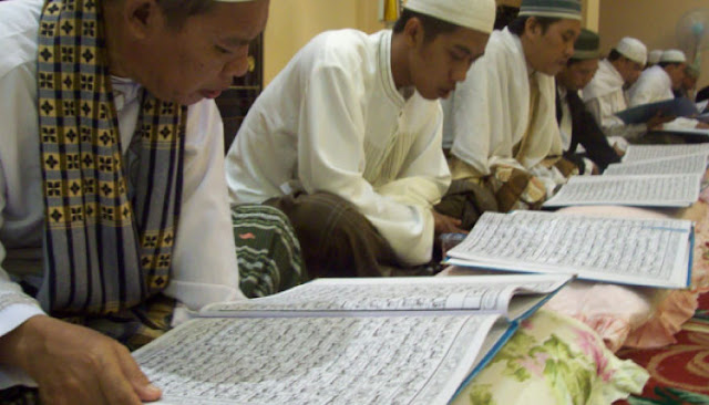 13 Keistimewaan Orang yang Istiqomah Membaca Al Qur`an