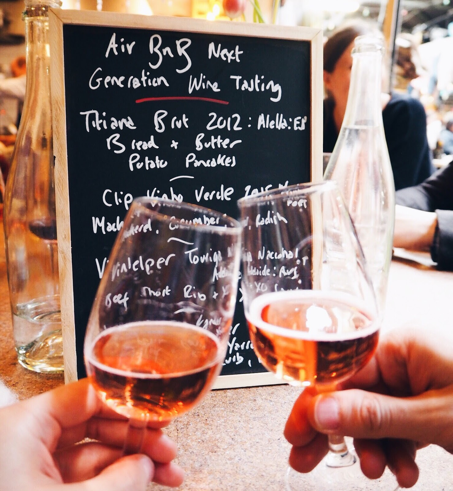 airbnb, wine tasting, london, london wine bar, lifestyle blogger, uk blogger, airbnb experiences
