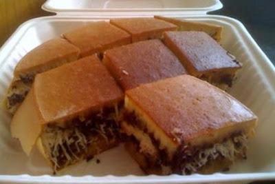 Kuliner Indonesia - Martabak Bangka Ko Hery