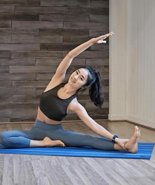 Guru Yoga Jadi Viral, dari 5 Foto Ini Kamu Akan Tahu Alasannya Mengapa