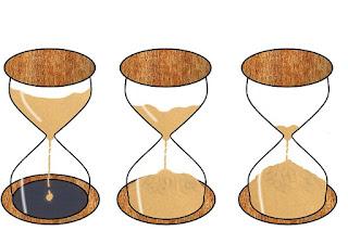 tres-ampulhetas-ilustrando-passagem-do-tempo