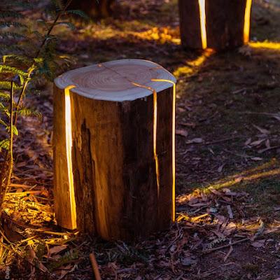 Troncos reciclados convertidos en lámparas led