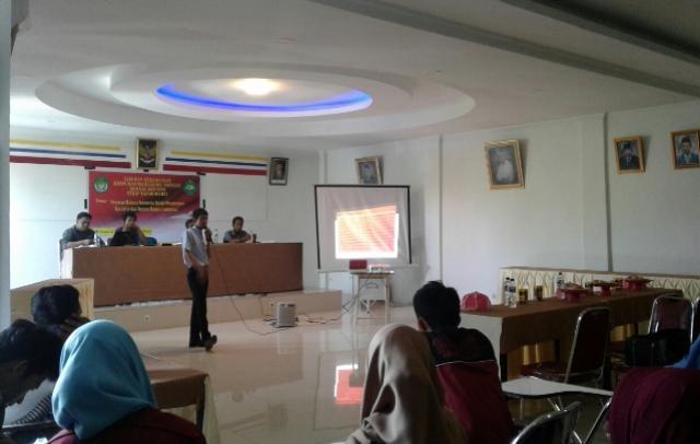 HIMABAS STKIP Yapim Maros Gelar Seminar Kebahasaan
