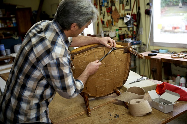 Furniture Upholsterer