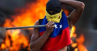 Oposición venezolana reta a Maduro con nueva marcha