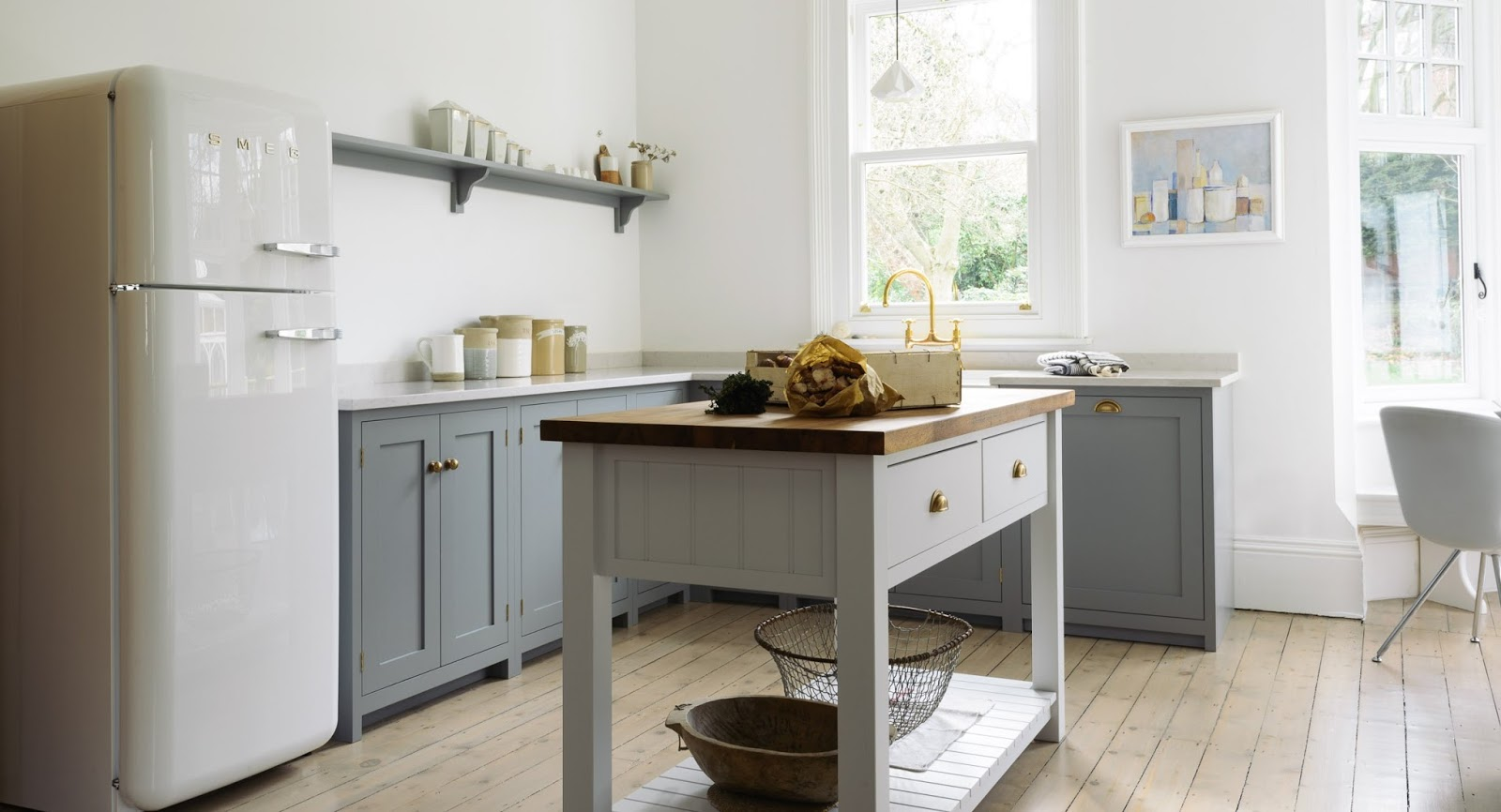 A Beautiful English Country Kitchen In Nottingham By DeVol   Found On Hello  Lovely Studio ...
