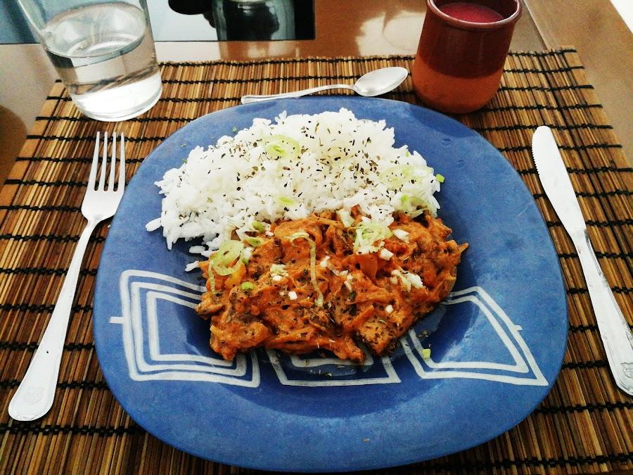 Strogonoff de setas con arroz basmati