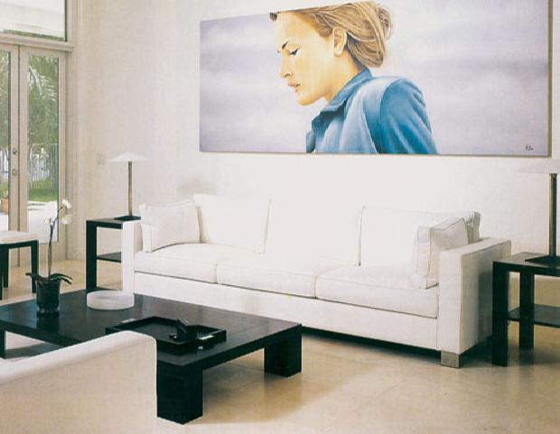 Dekorasi Ruang Tamu Simple dengan Desain Serba Putih