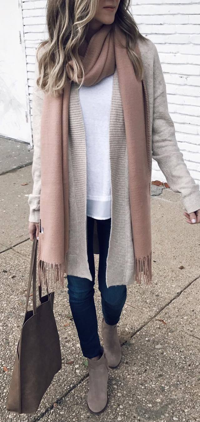 how to wear a scarf : knit cardi + white top + bag + skinny jeans + boots