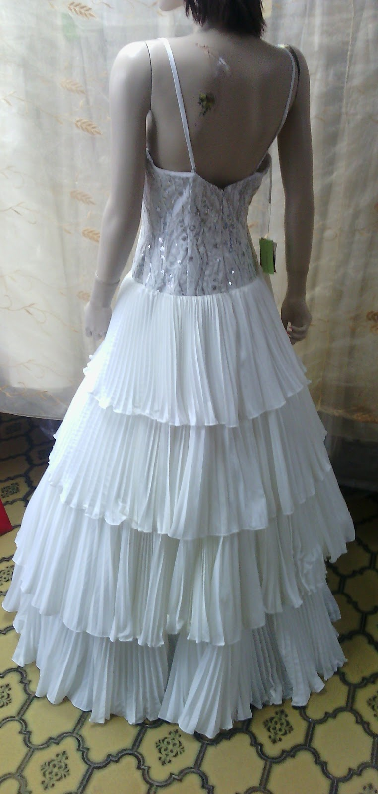 Tiendamatador: Vestido de novia en blanco pomposo talla 40